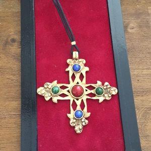 Vintage Gold cross pendant